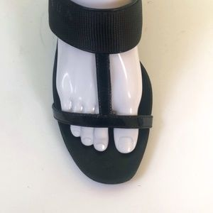 Prada Black Leather T-Strap Heel Sandals SZ 36